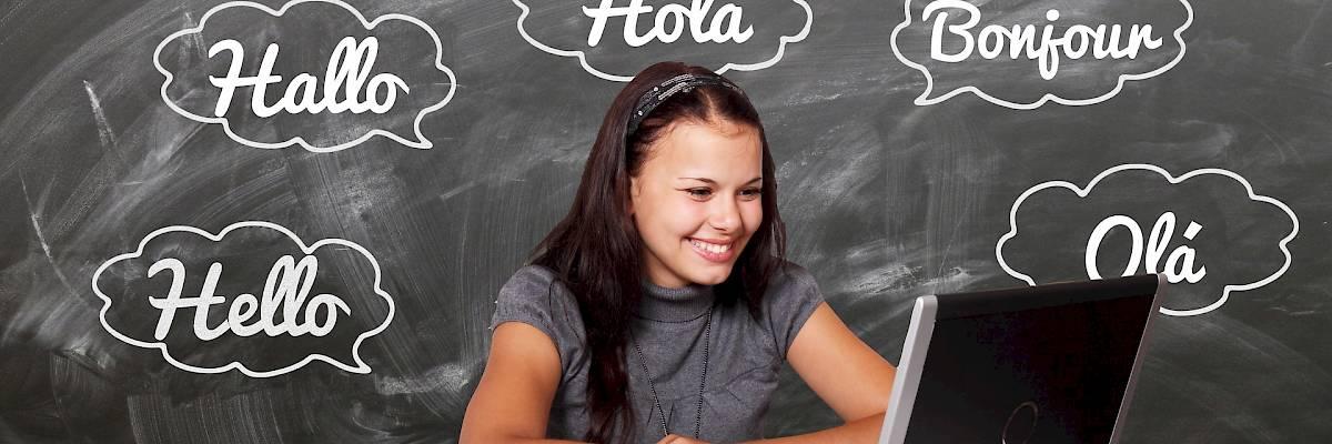 Il Parlamento incoraggia il plurilinguismo a scuola